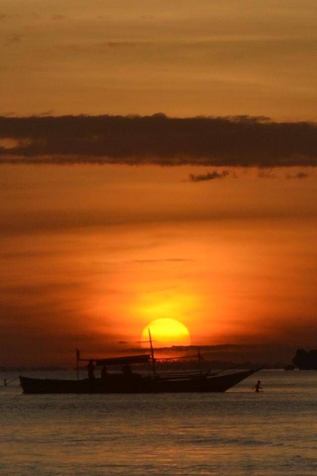 Sunset Bantayan Island by LCTheArtist