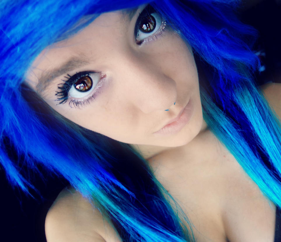 My Camera Continues To Change My Hair Color By RaeMayrie On DeviantArt