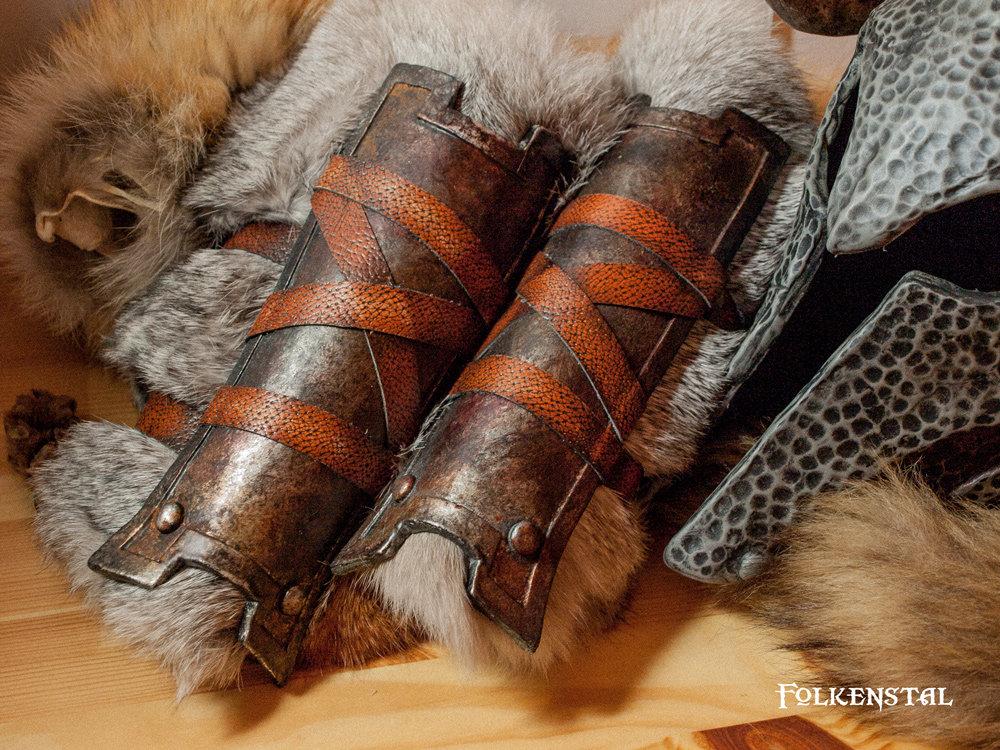 Skyrim iron gauntlets by Folkenstal