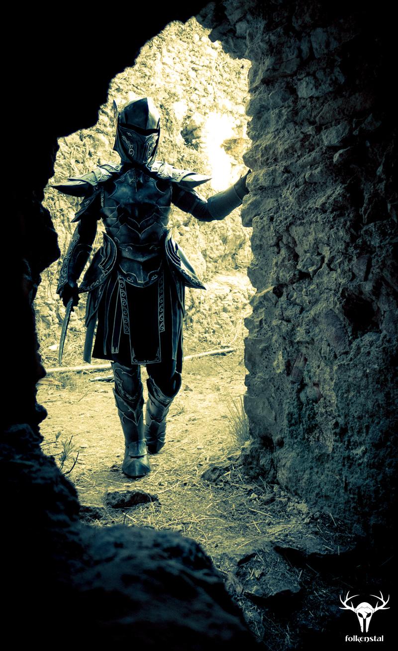 Skyrim Ebony Armor - cosplay photo No. 2 by Folkenstal