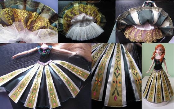 Anna's coronation dress detail - Frozen