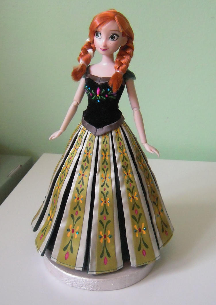 Anna's coronation dress 2 - Frozen by andies098 on DeviantArt