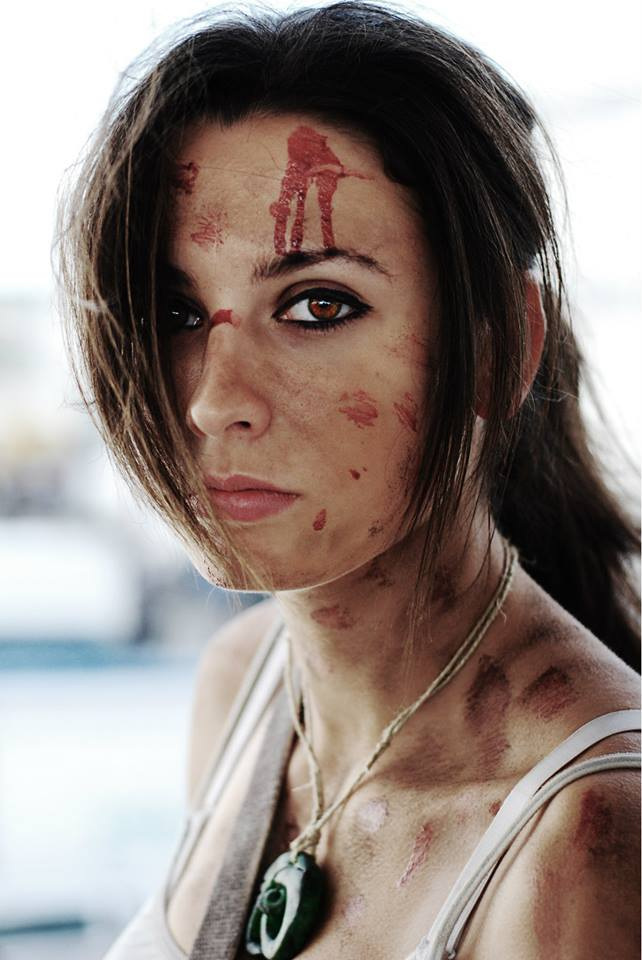 Lara Croft a survivor is born (Romics 2013) by mikosplay