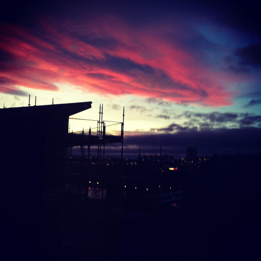 Red Sky at Night.. by Nitr0glycerin