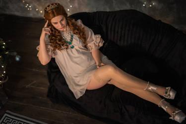 Anna Henrietta nightgown cosplay