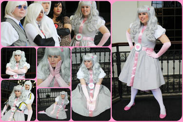 My Cosplay_Companion Cube by MevrouwRoze