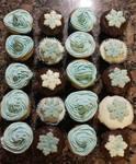 Frozen theme cupcakes by kikivampire100990