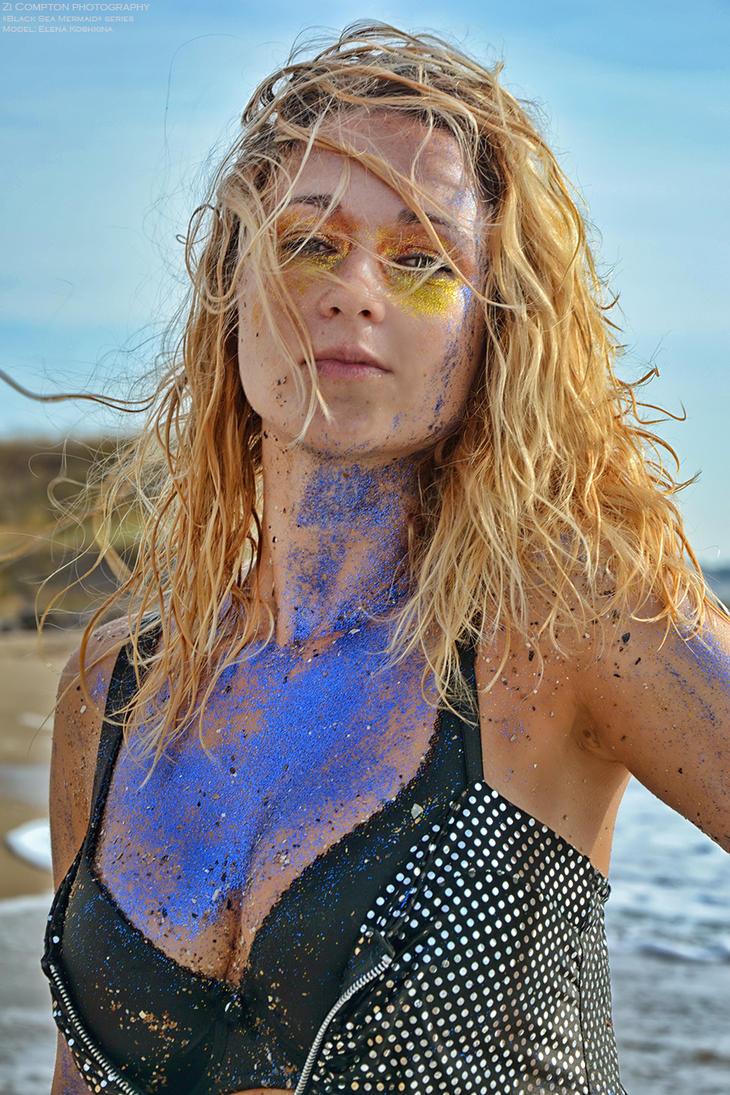 Black Sea mermaid by ZiCompton