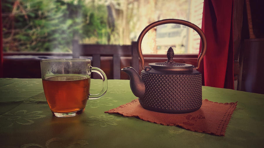 A cup of tea by maxiaringoli
