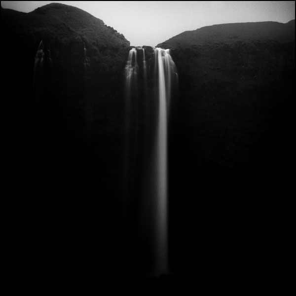 Seljalandsfoss by mikzn