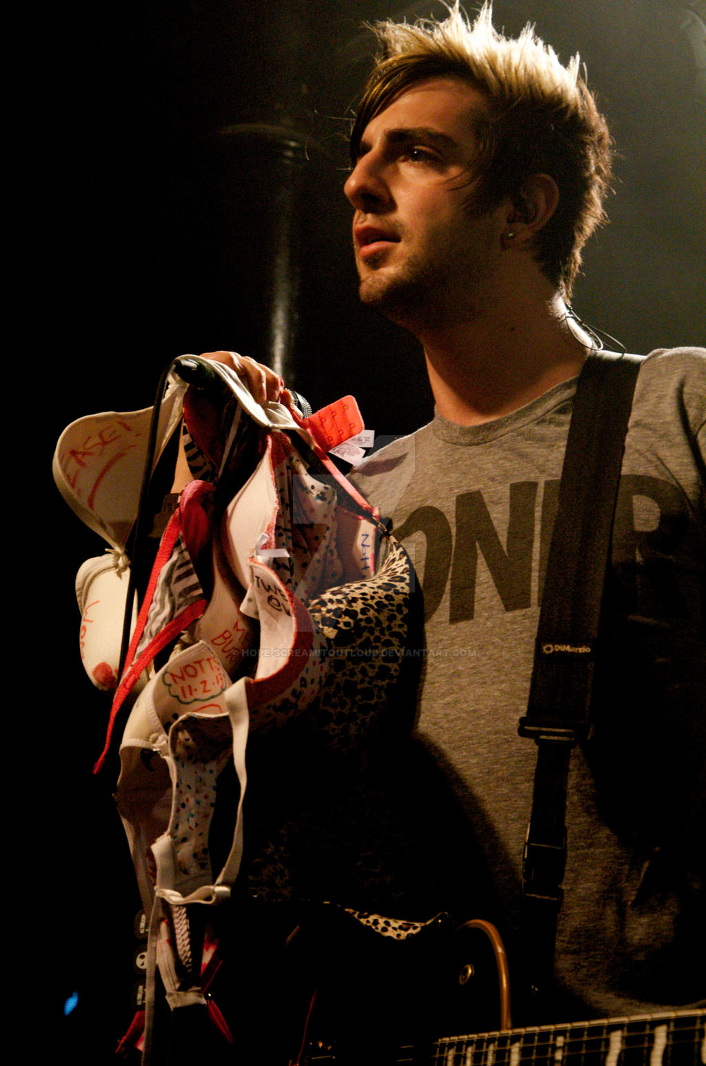 Who is jack from all time low dating
