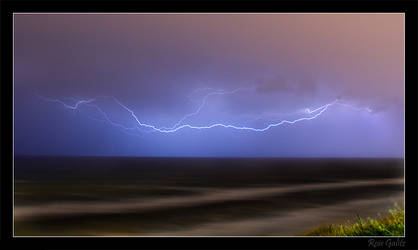Electric Sky by RoieG