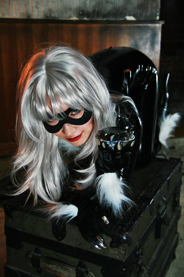 BLACK CAT by AKIOMI