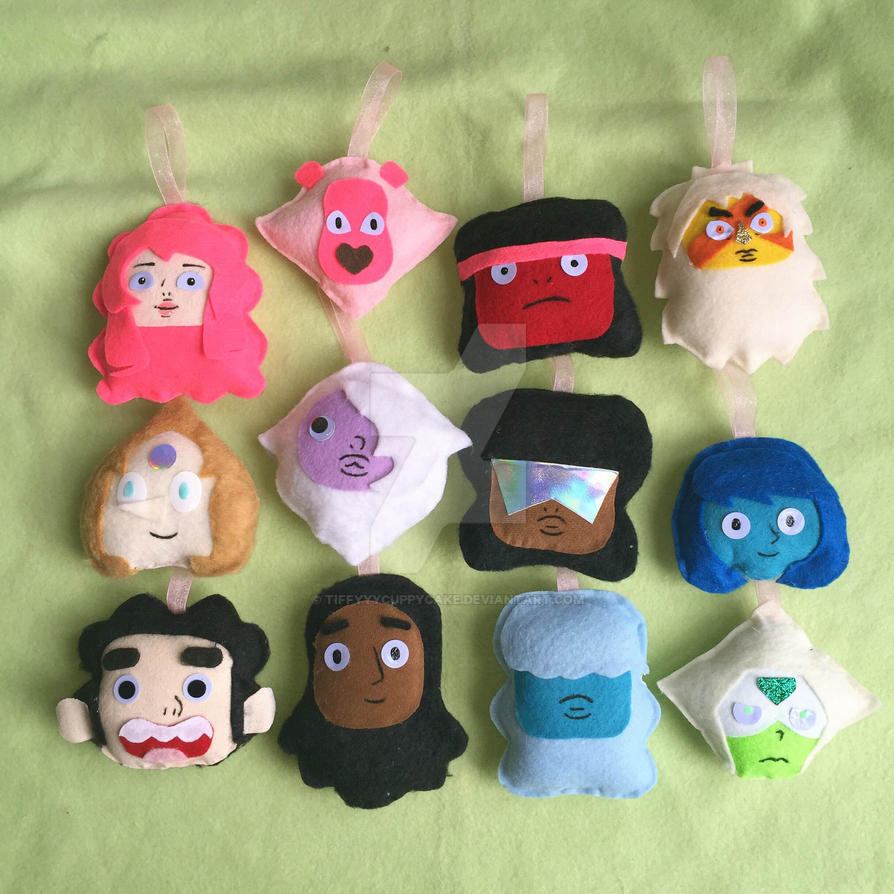 Steven Universe Christmas Ornaments by TiffyyyCuppyCake