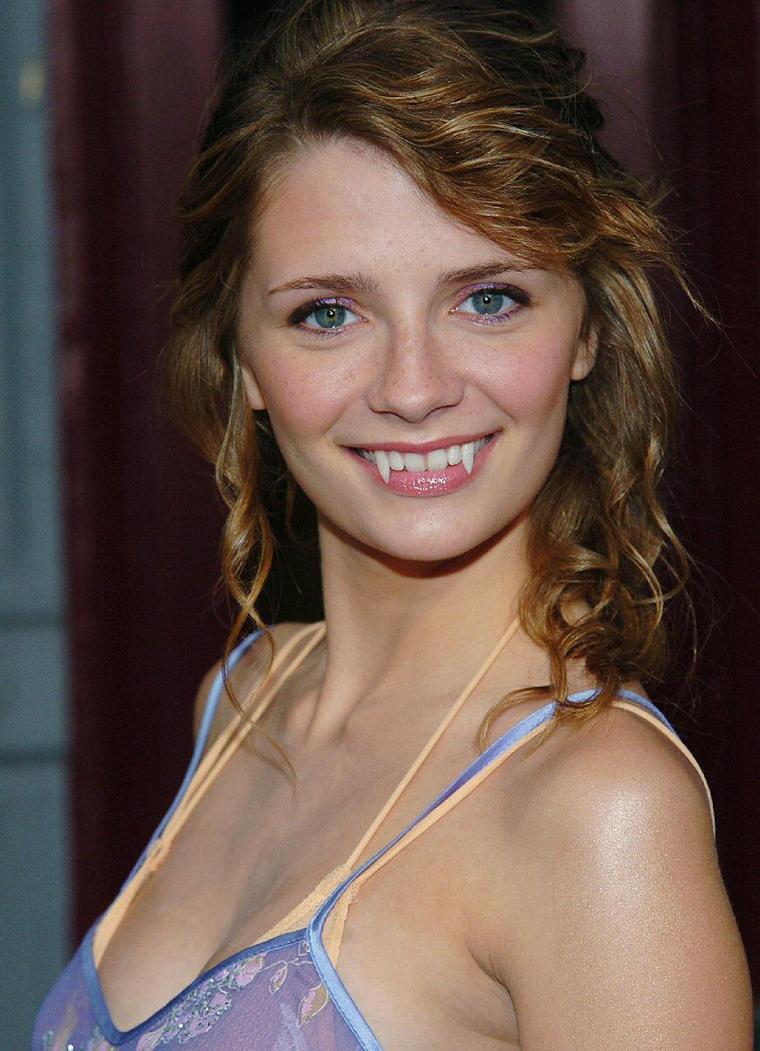Mischa Barton actress