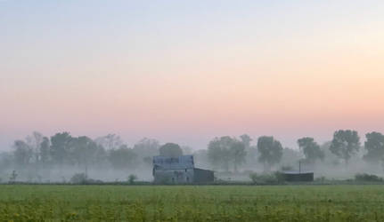 Old Barn Fog by Midniteclubber