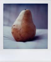 pear by futurowoman