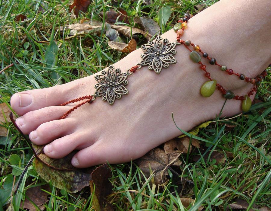 Macrame Barefoot Sandal Autumn colors by noisypixie