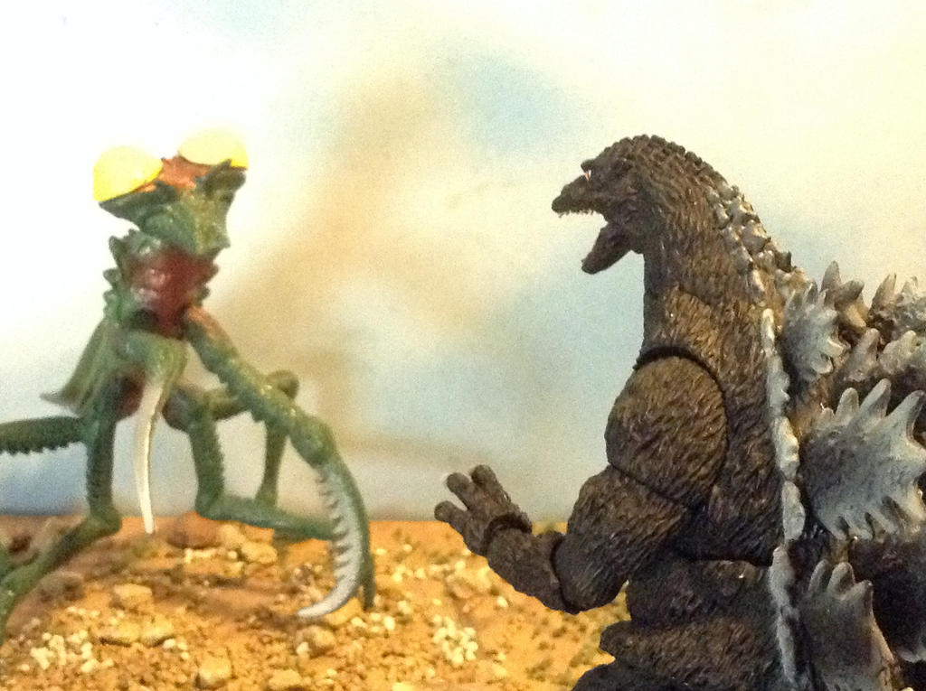 godzilla vs kamacuras by kidkaiju2001 on deviantart