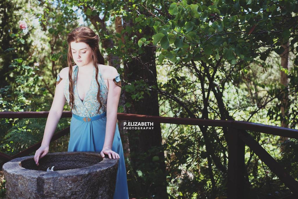 Margaery Tyrell in the Garden by GunnerYunie
