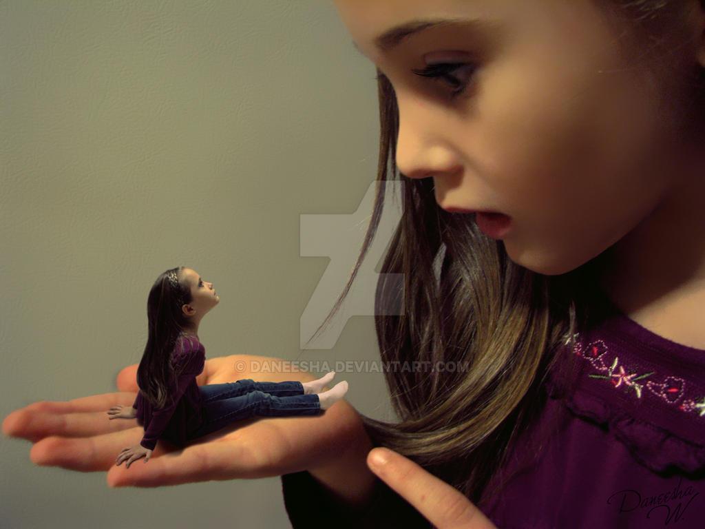 Mini or Giant? by Daneesha on DeviantArt
