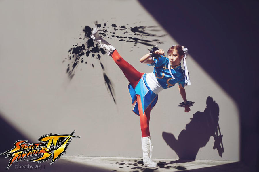 'Chun li - Lightning Kick' by Mijiko88