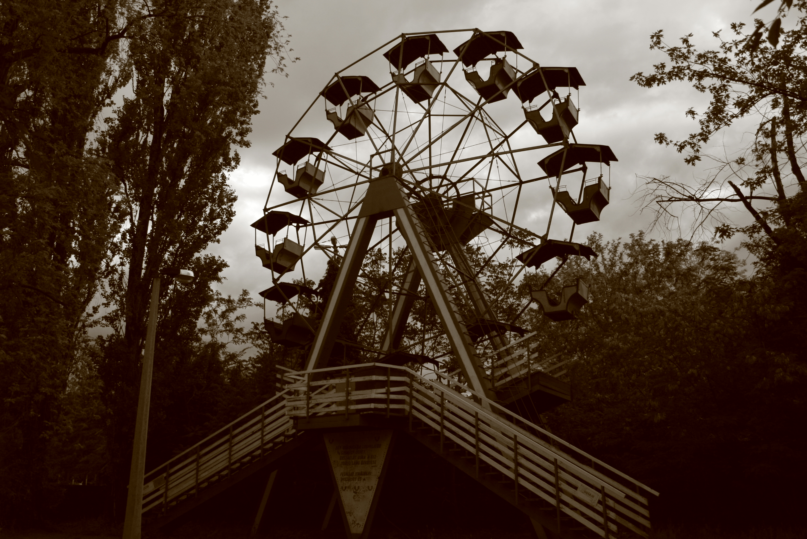 Amusement park stock 04 by Metropolis-Decay