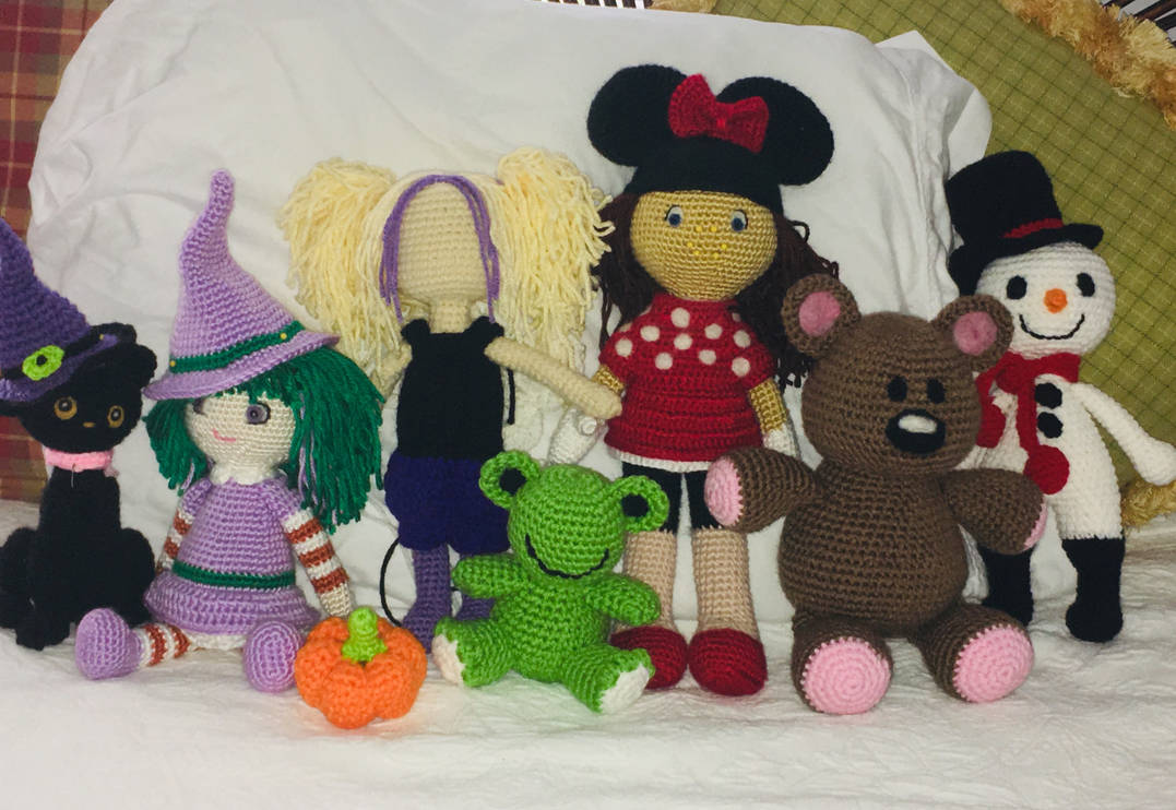Assorted patterns and lots of time to crochet! by wdw28ears