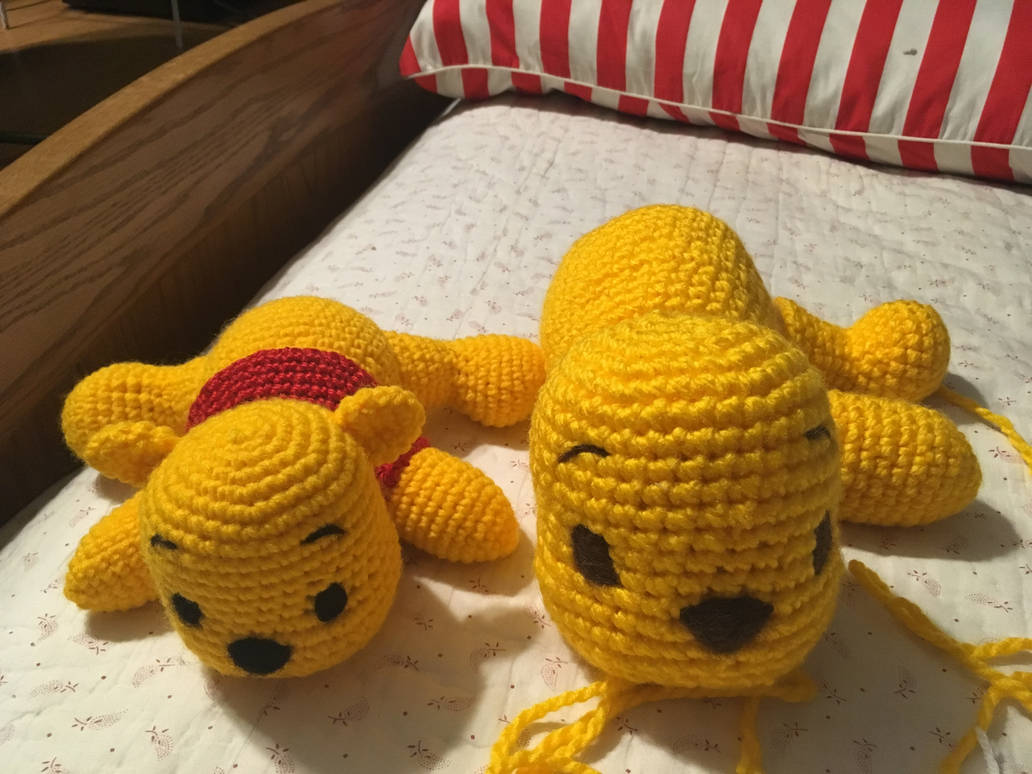 Pattern by Aphid777.  I love these Poohs!!! by wdw28ears