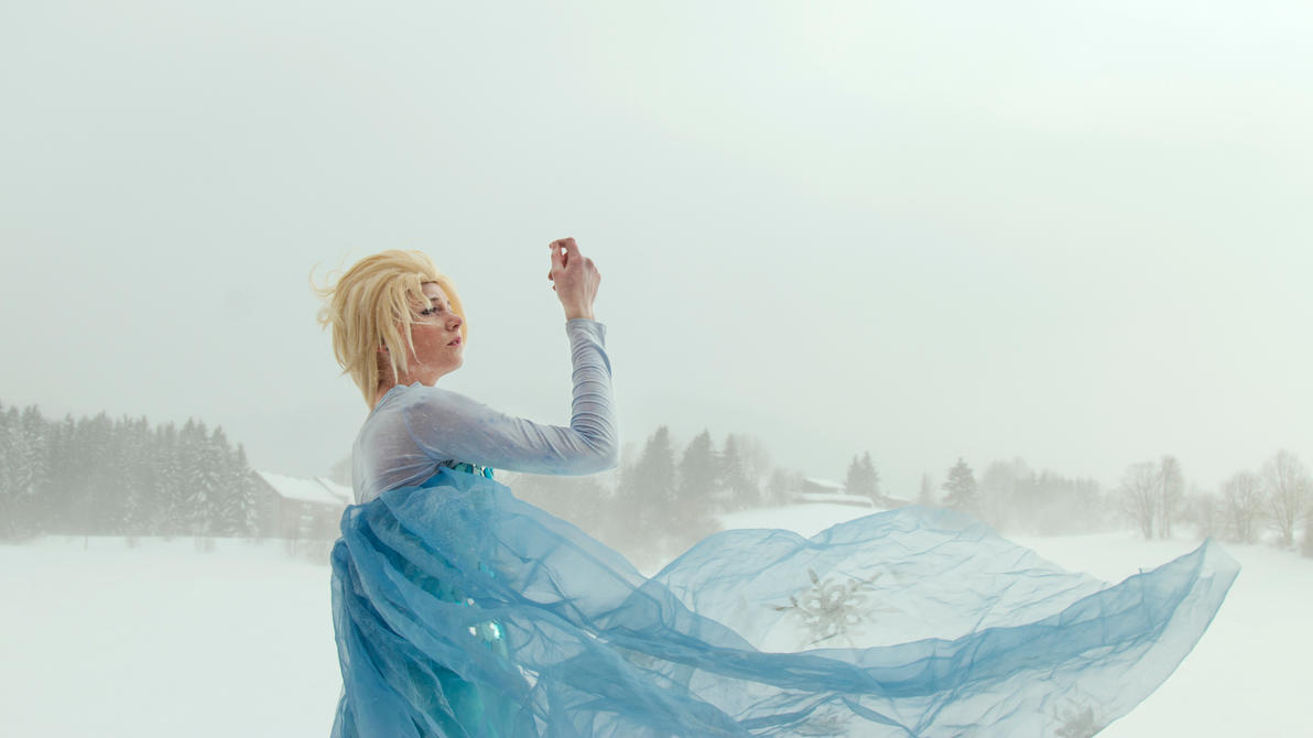 The Snow Queen, Elsa by PakuPaku-Ru