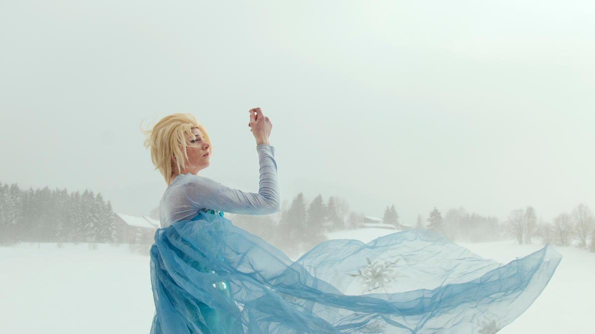 The Snow Queen, Elsa by PakuPaku-Ru