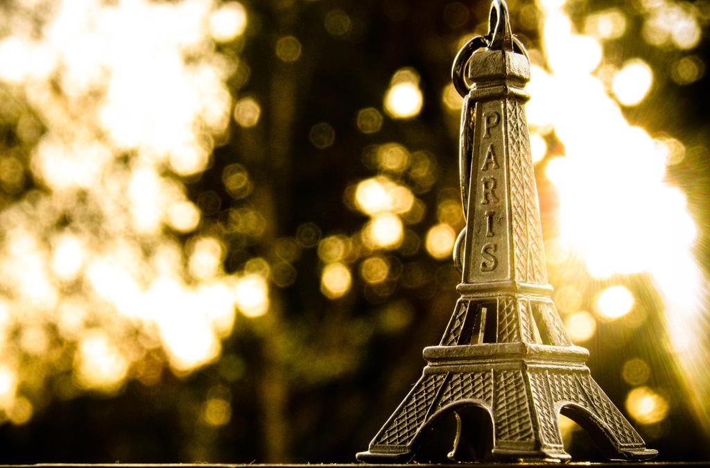 Paris by Ich0