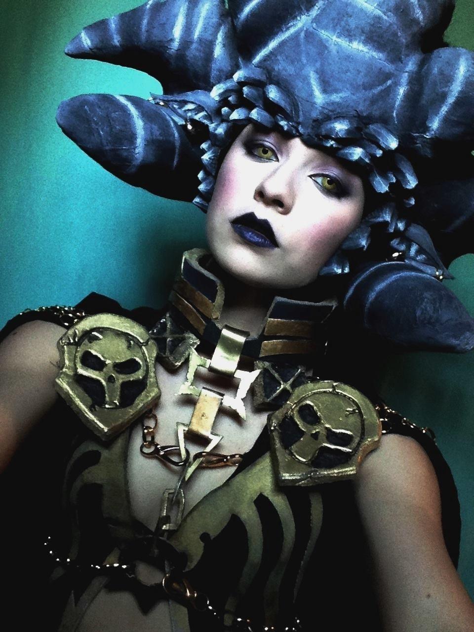 1000  images about Darksiders on Pinterest | Joe madureira, Ruins ...