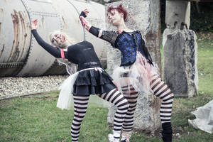 Ballet meets Zombies: The dead leaning in