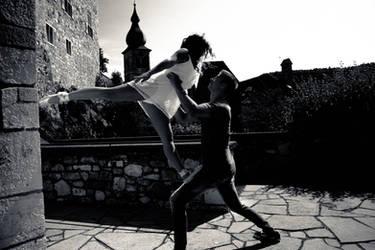 Dancing around a summer castle 1