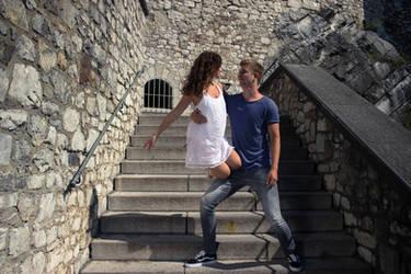 Dancing around a summer castle 4