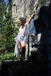 Dancing around a summer castle 6