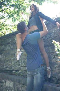 Dancing around a summer castle 12