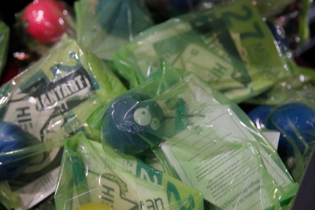 CAVE deviantMEET Goodie Bags by madizzlee