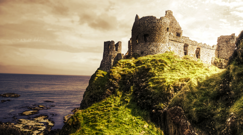 Dunluce Castle by 007Nab