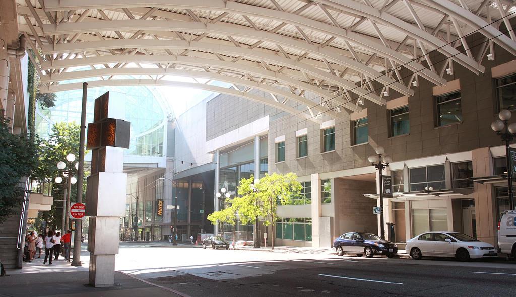 Sunny Seattle Street
