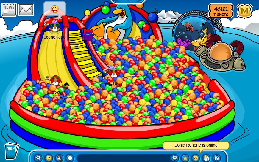 Club Penguin Bouncy Balls by DiamondDisko