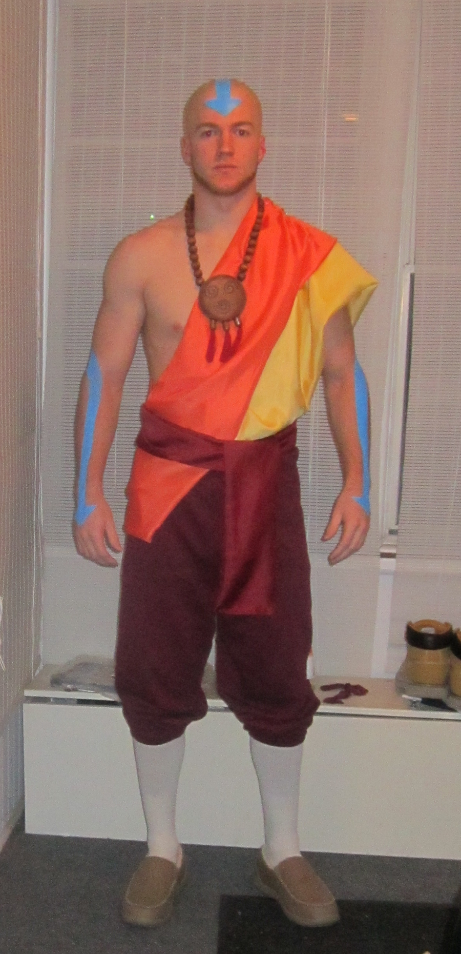 Adult Aang Halloween costume by Mariowned on DeviantArt: mariowned.deviantart.com/art/Adult-Aang-Halloween-costume-334863583