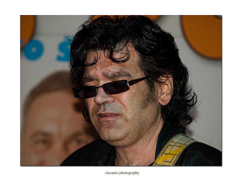 Guitarist by siscanin