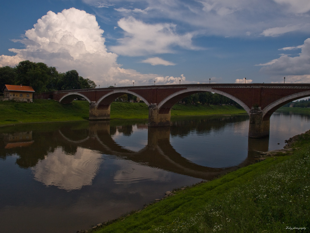 Bridges by siscanin