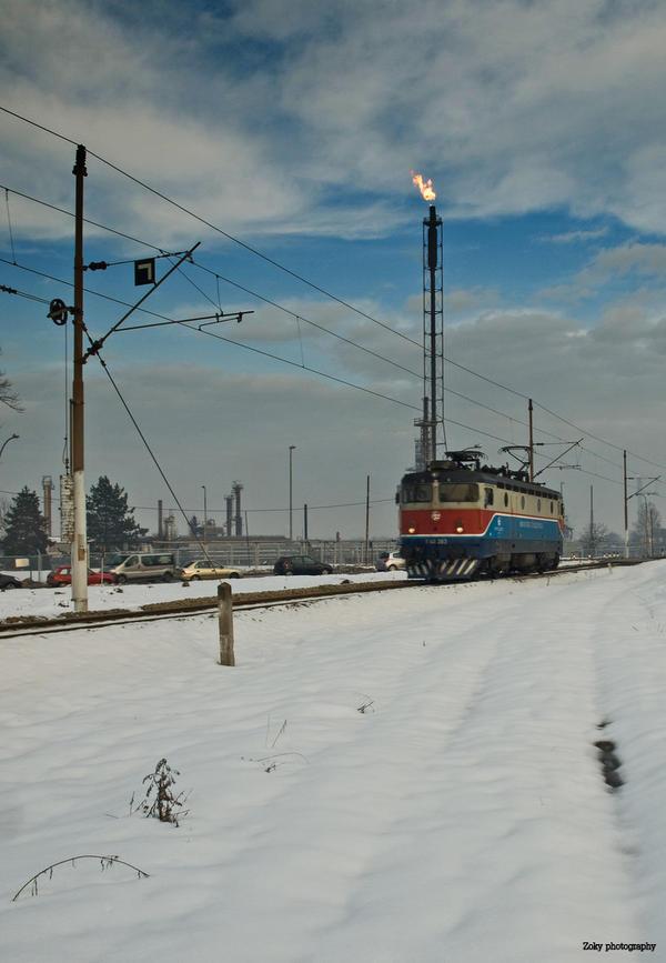Train in snow by siscanin