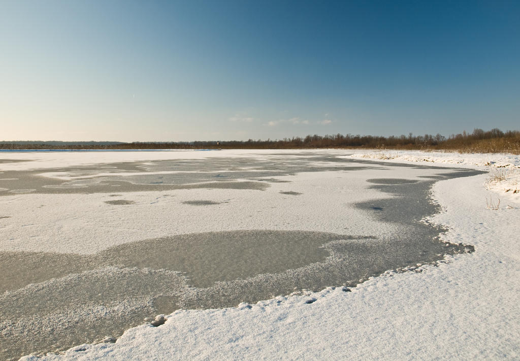 Frozen by siscanin
