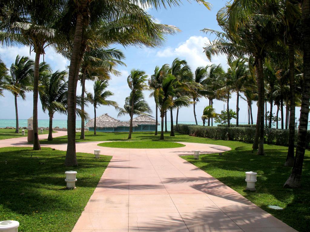Bahama Breeze Island Grille  Miami Florida