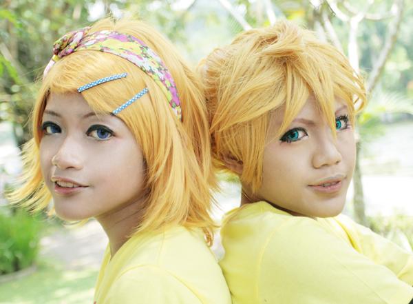 Len Kagamine x Rin Kagamine by recchinon