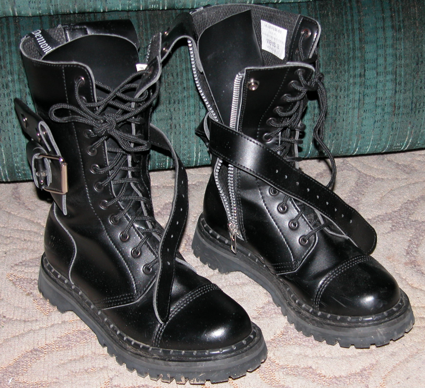 combat boots by serealis on DeviantArt